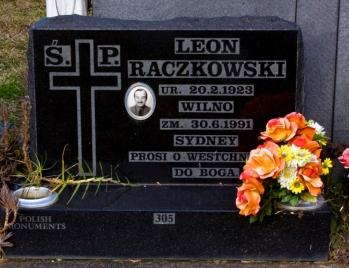 Lawn Headstone 9