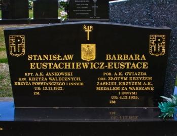 Lawn Headstone 4